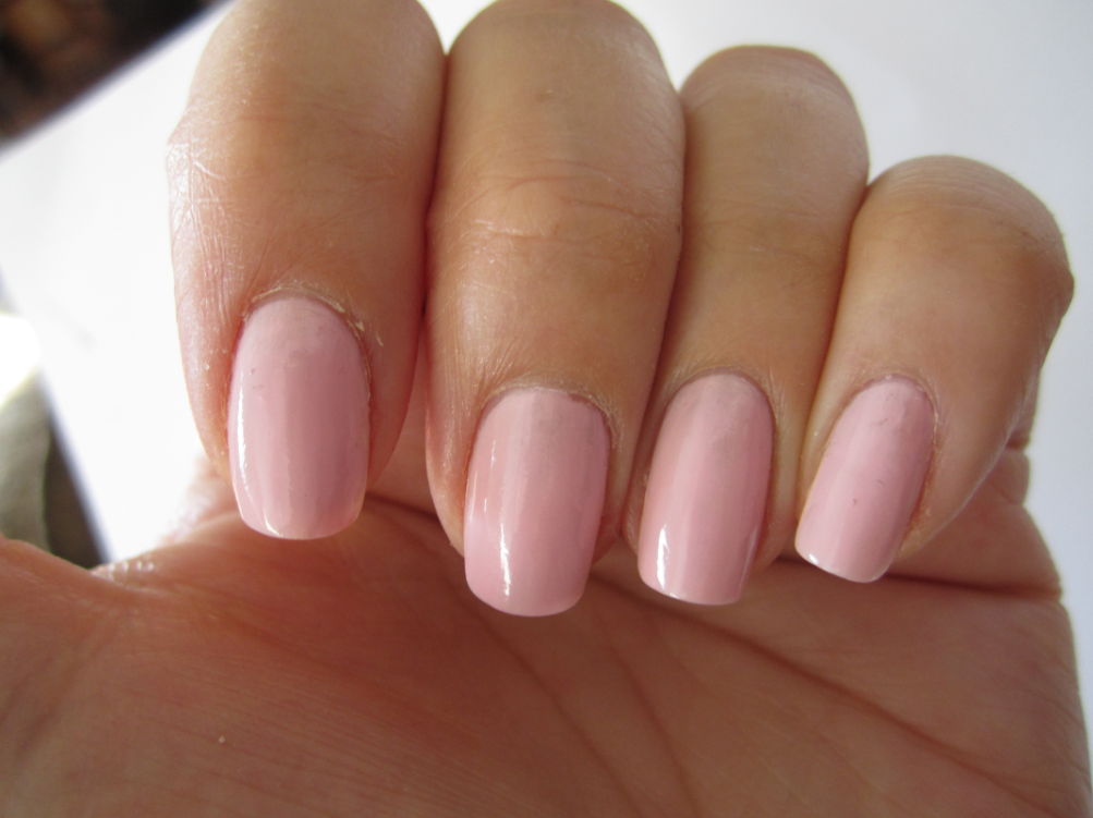 Pink Polish Marabou By Essie - Spontaneous Chick