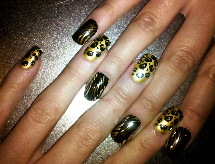 Print nail design and renee is wearing a tiger nail design the nails